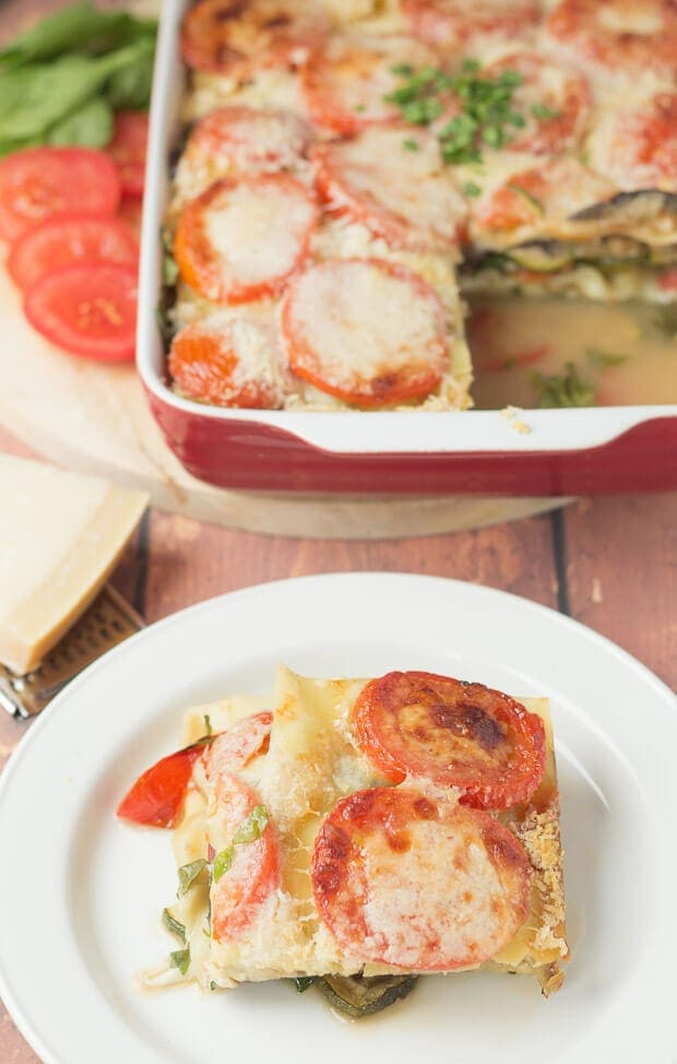 The ultimate veggie lasagne. Stuffed full of healthy vegetables. This veggie lasagne makes 6 portions so it's perfect for your dinner party or even if you just feel like a filling vegetarian lasagne rather than a meat one!