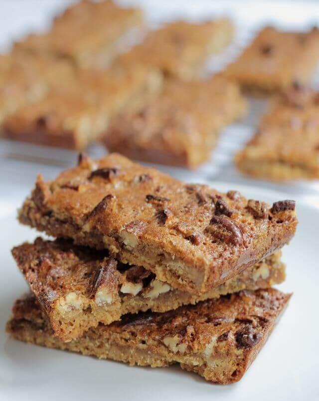 Pecan Nut Biscuit Bars
