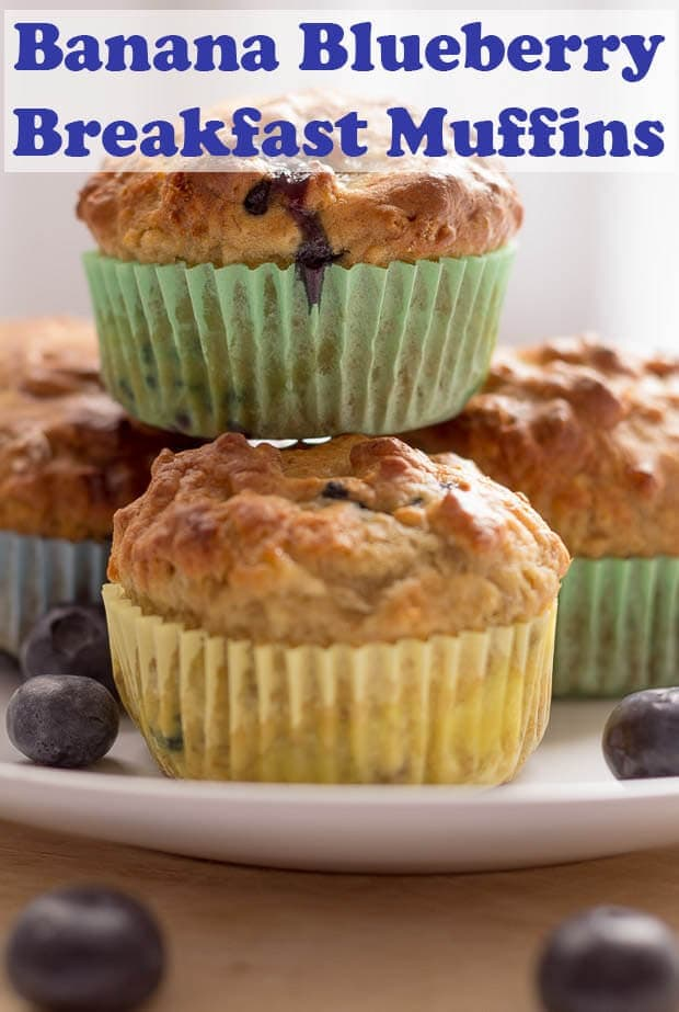Banana blueberry breakfast muffins. Say hello and good morning to these healthier, delicious breakfast muffins. Make your start to the day a good one! #neilshealthymeals #recipe #breakfast #muffins