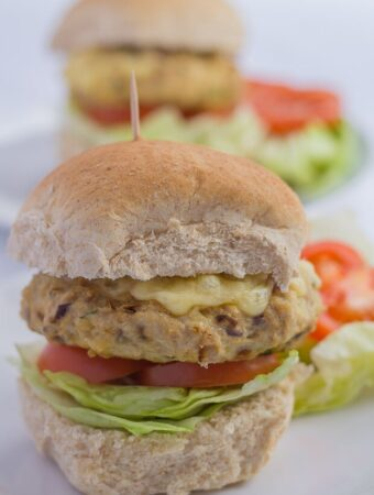 Quick Healthy Turkey Burgers Featured Image