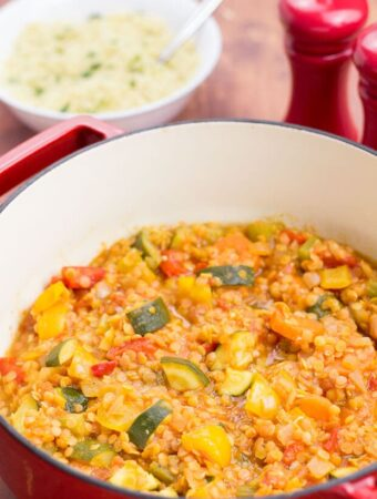 This vegan one pot Mediterranean vegetable casserole remind you of sunny days sitting on sunny beaches without a care in the world. Packed full of flavour and with loads of healthy veggies, this fantastic family dish is also extremely filling and satisfying!