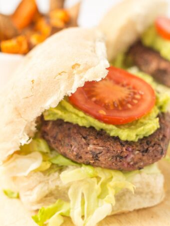 Quick And Easy Black Bean Burgers