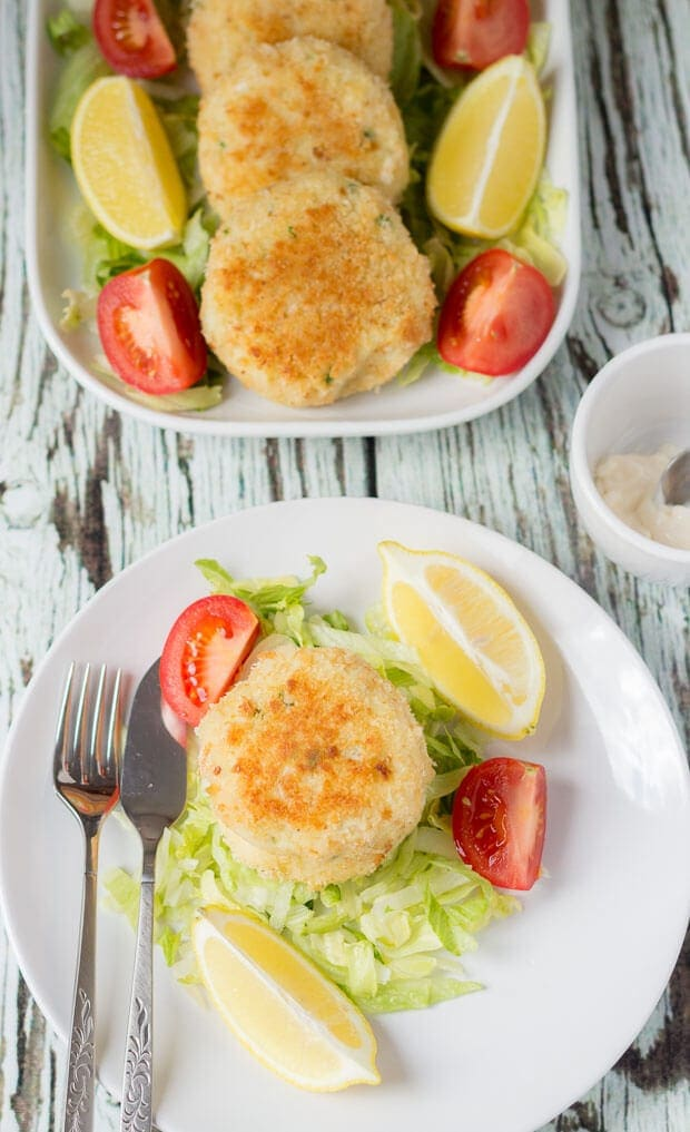 These quick healthy fish cakes are really easy to make and delicious too. Packed full of flavour you'll definitely notice the difference in taste compared to shop bought ones!