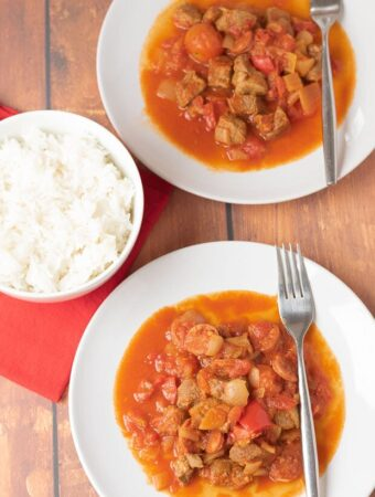 One pot chorizo and lamb stew is a comforting, delicious and easy to make hearty family meal. This Mediterranean style casserole is simply packed with flavour and is perfect served with rice or crusty bread.