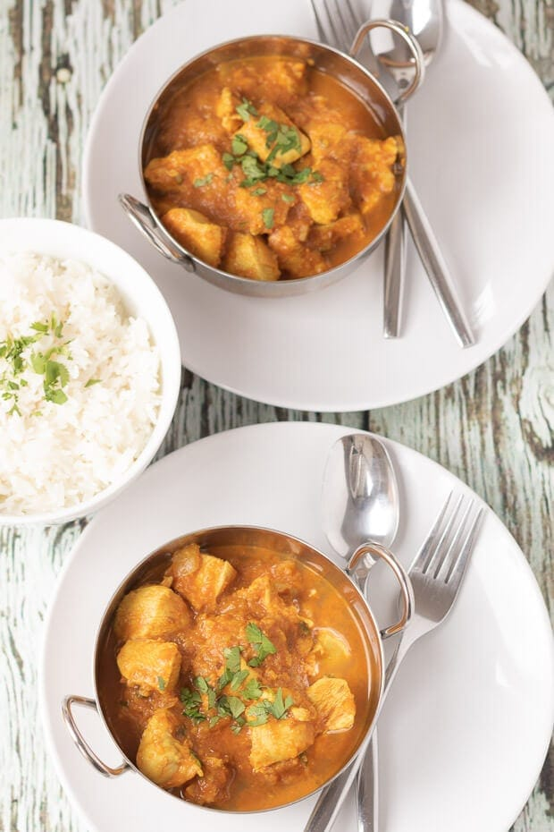 This easy chicken sharabi curry recipe shows you how to make a delicious curry made with a kick of alcohol – in this case wine. This is an amazing curry made from spices, tomatoes and green chillies which combine to provide an altogether amazing fusion of flavours!
