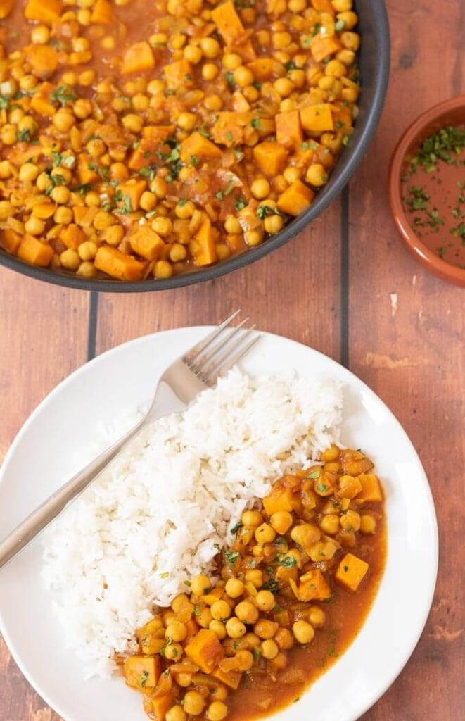 One Pot Sweet Potato and Chickpea Curry