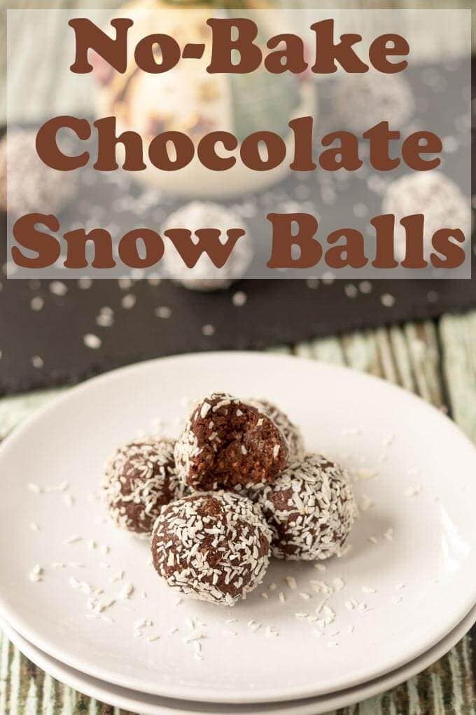 Mum's no-bake chocolate snowballs are delicious easy to make chocolate balls made from just 6 ingredients. This is a fantastic holiday recipe kids will love! #neilshealthymeals #recipe #chocolate #snowballs #holidays